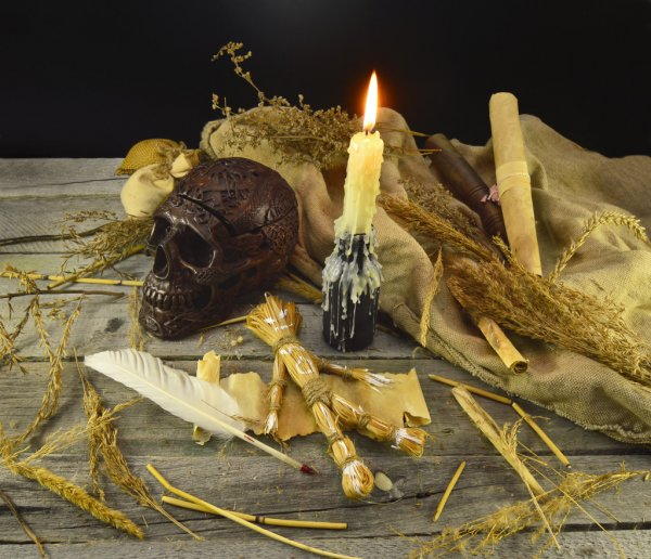 depositphotos 45889551 stock photo halloween still life
